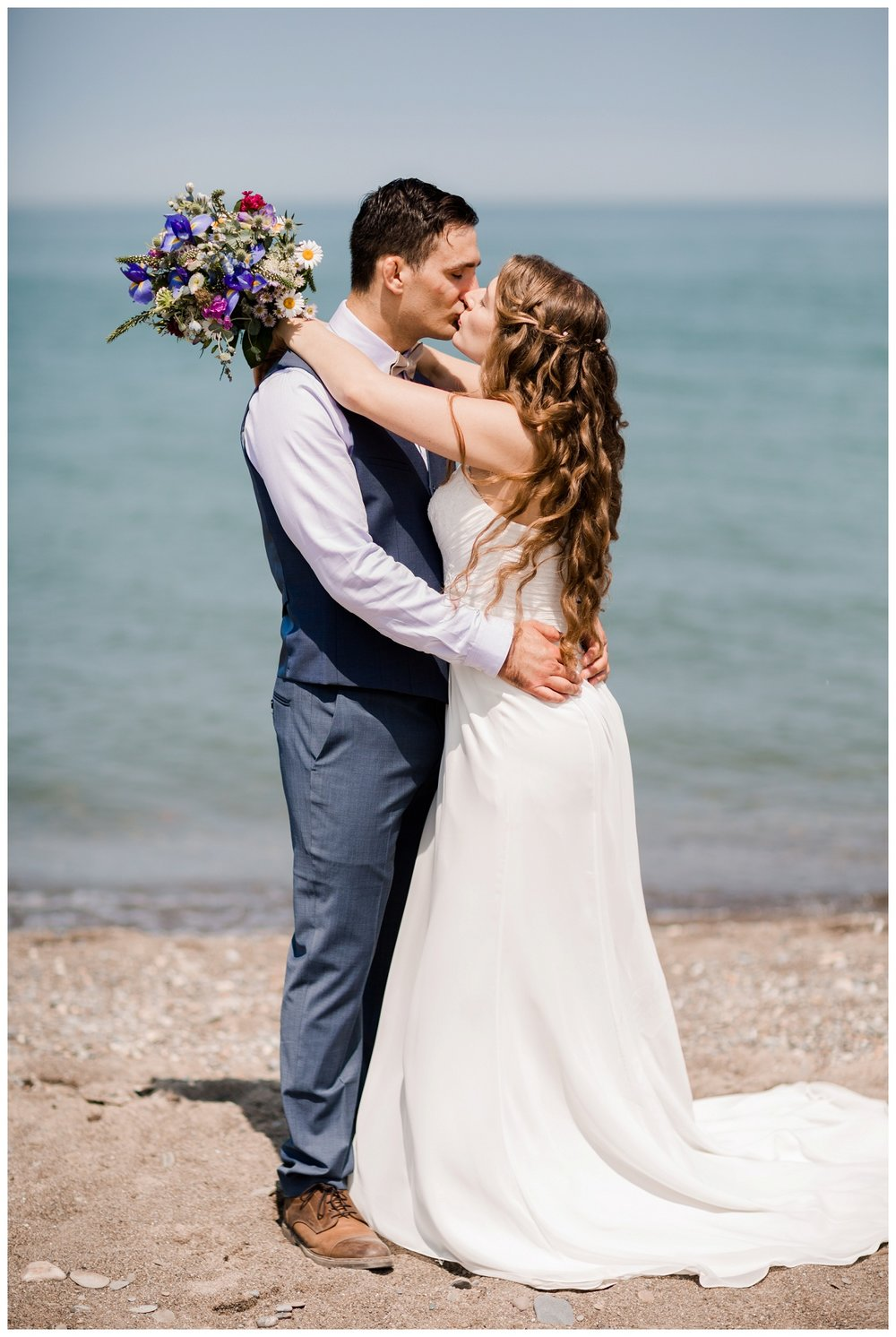 Mentor Headlands Beach Wedding_0058.jpg