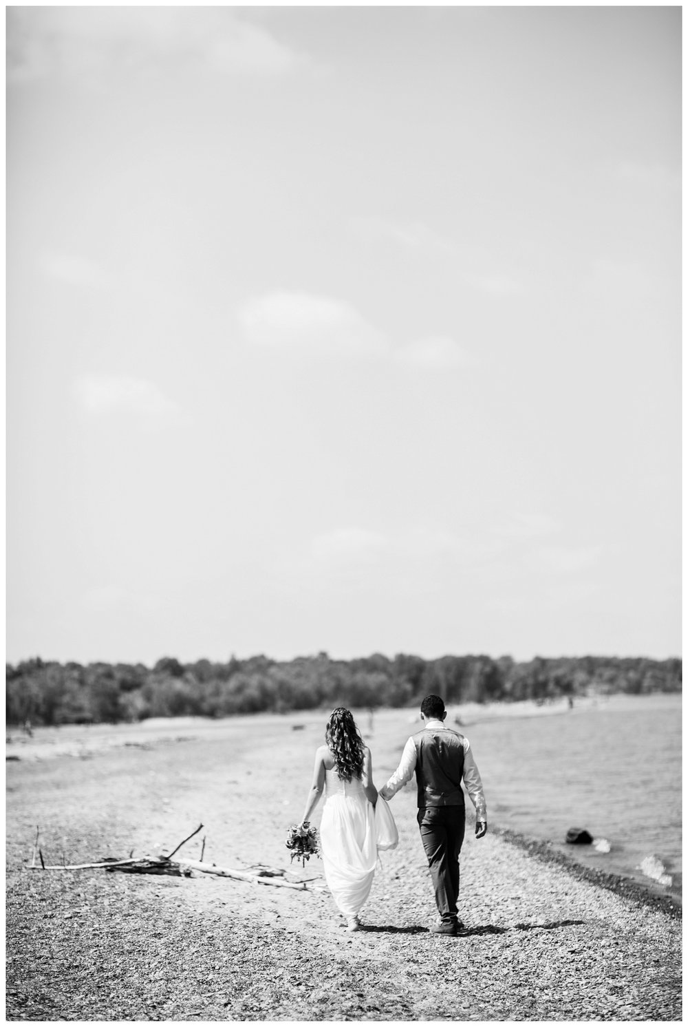 Mentor Headlands Beach Wedding_0062.jpg