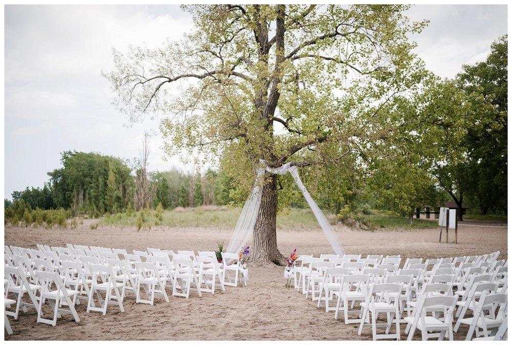 Mentor Headlands Beach Wedding_0078.jpg