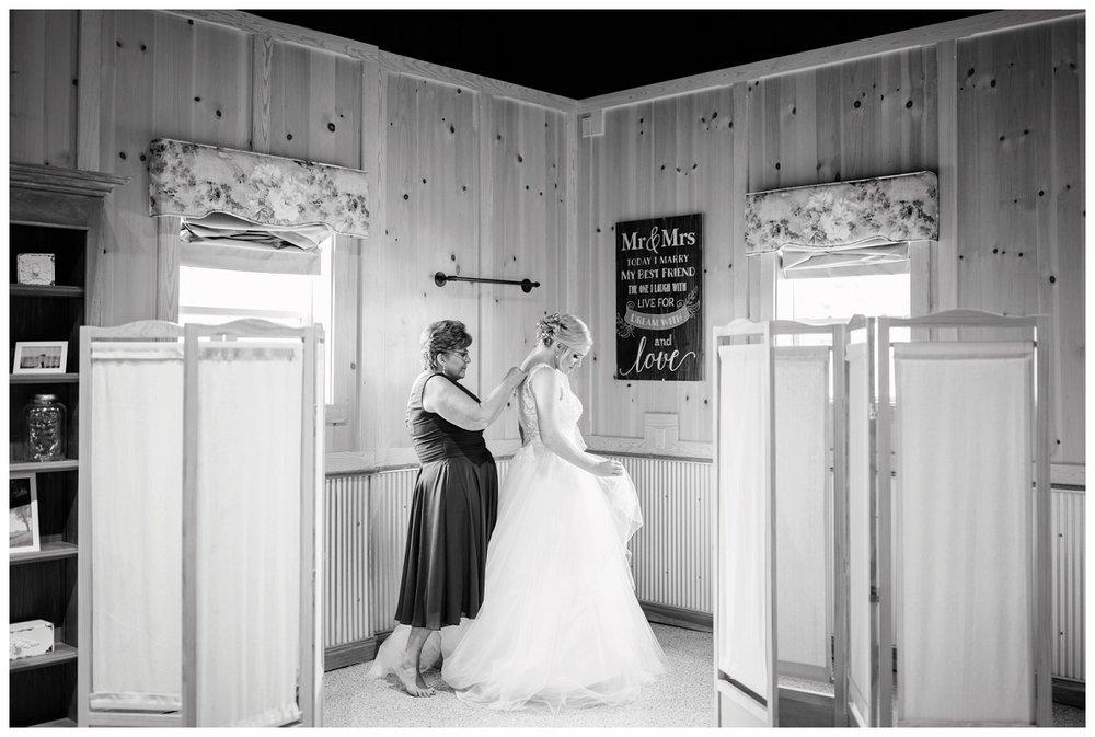 Nickajack Farm July Wedding_0008.jpg