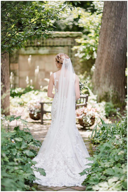 Stan Hywet Summer Wedding_0055m (2).jpg