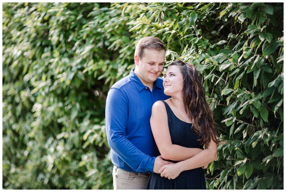Cleveland Museum of Art and Edgewater Park Engagement Session_0011.jpg