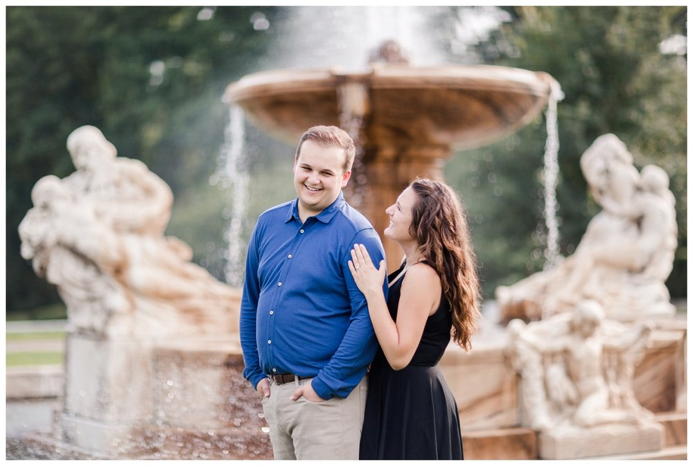 Cleveland Museum of Art and Edgewater Park Engagement Session_0028.jpg