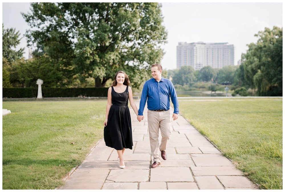 Cleveland Museum of Art and Edgewater Park Engagement Session_0030.jpg