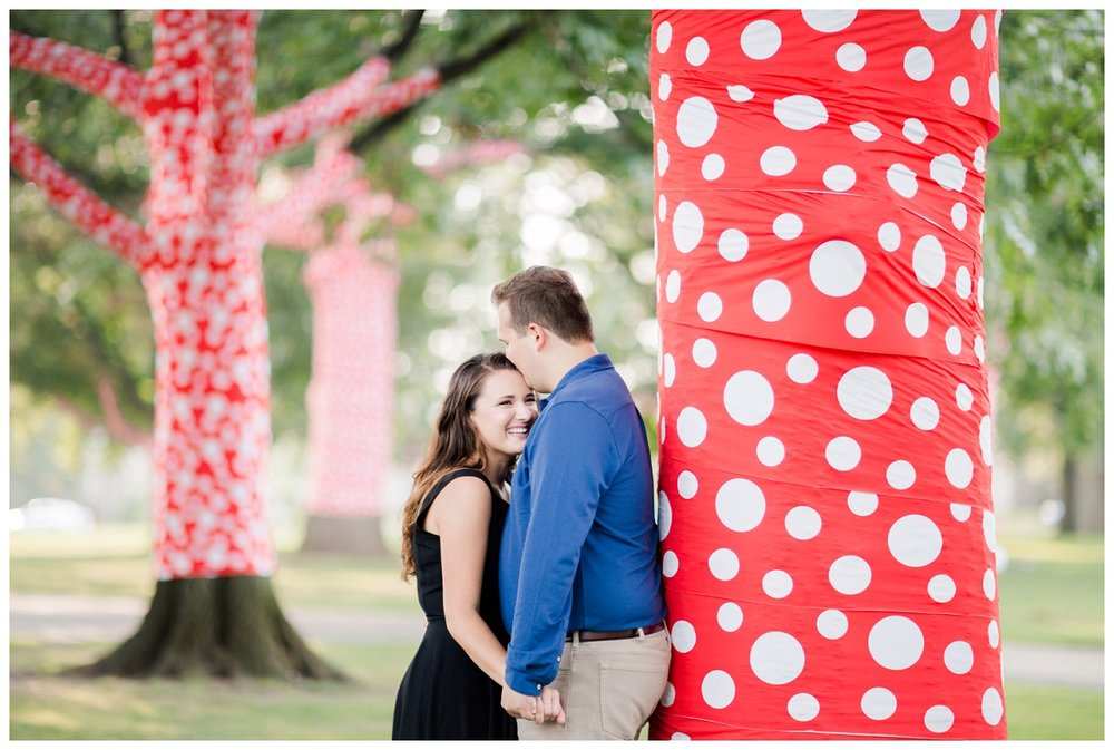 Cleveland Museum of Art and Edgewater Park Engagement Session_0042.jpg