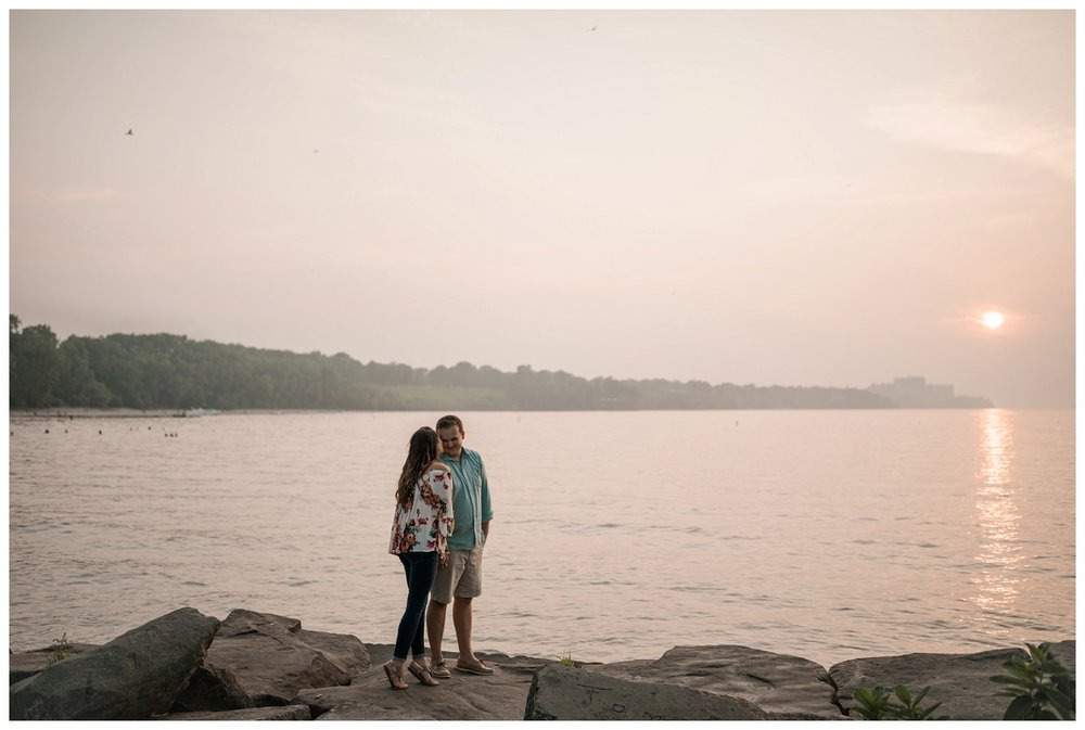 Cleveland Museum of Art and Edgewater Park Engagement Session_0062.jpg