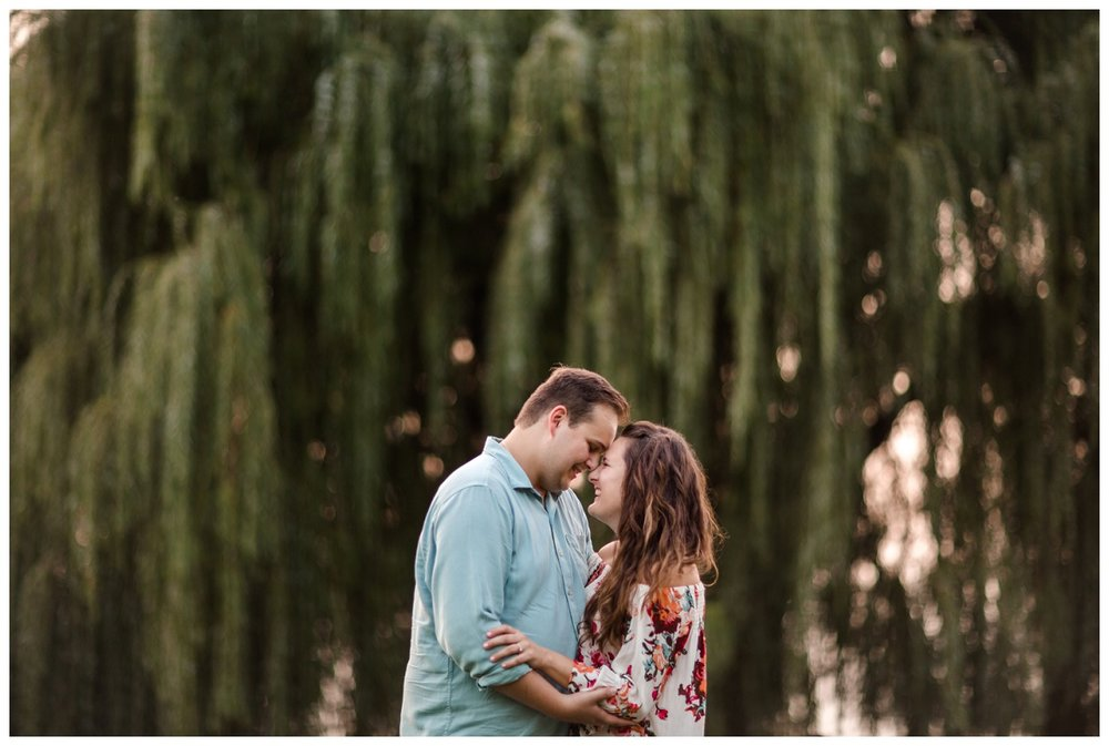 Cleveland Museum of Art and Edgewater Park Engagement Session_0064.jpg