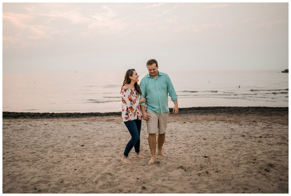 Cleveland Museum of Art and Edgewater Park Engagement Session_0067.jpg
