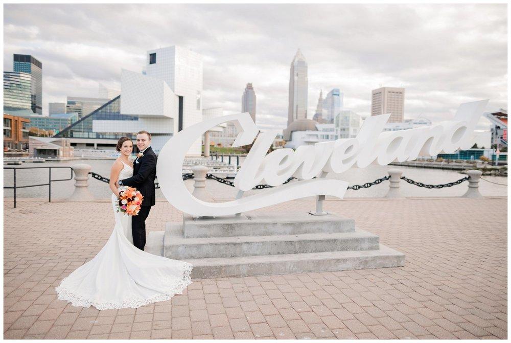 Cleveland Marriott Downtown Wedding_0151.jpg