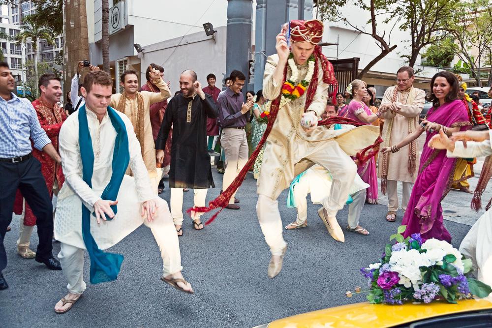 Arpita & Jon's Hindu Wedding Singapore 07.jpg
