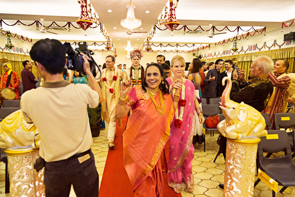 Arpita & Jon's Hindu Wedding Singapore 09.jpg