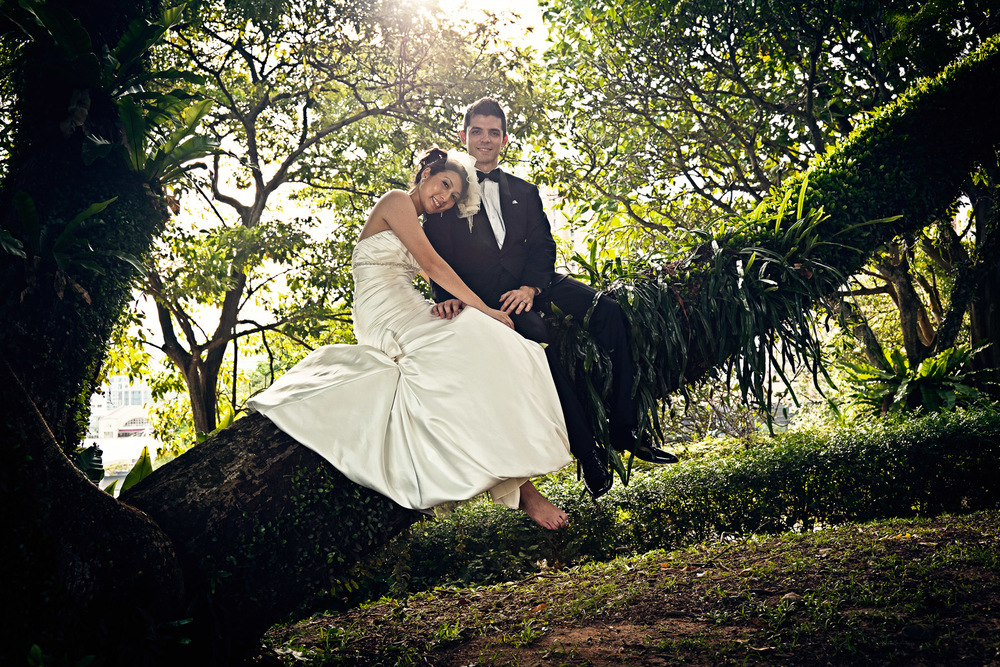 Janice & Zach Fort Canning 15.jpg