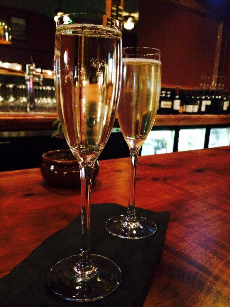 champagne (1).jpg