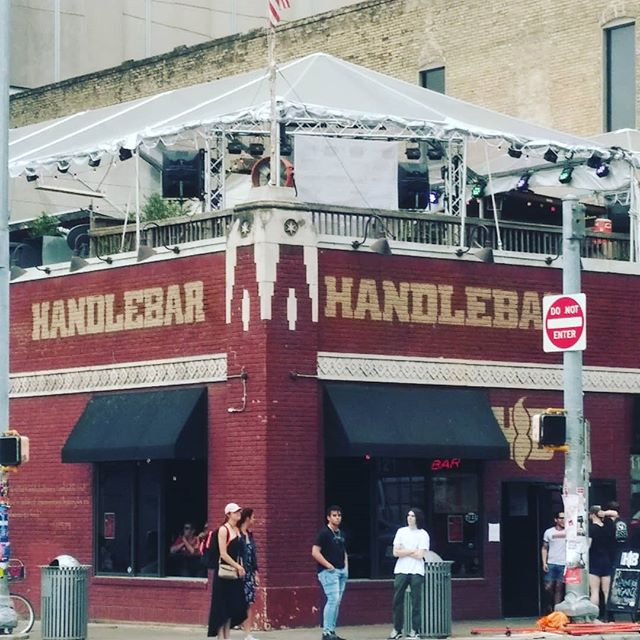 WE'RE HEEEEEEERE 🙌👻✨ see yall tonight, we play HandleBar @ 9pm and IT'S FREE! #sxsw #redgorilla