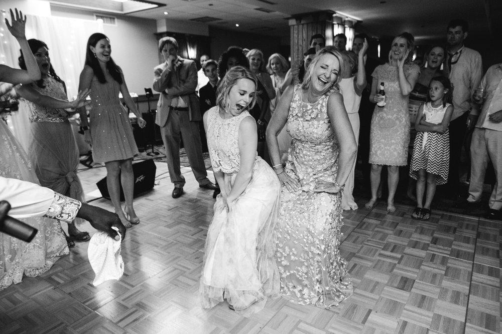 Asheville_Wedding_Omni_Grove_Park_Inn_Photographer_28.JPG