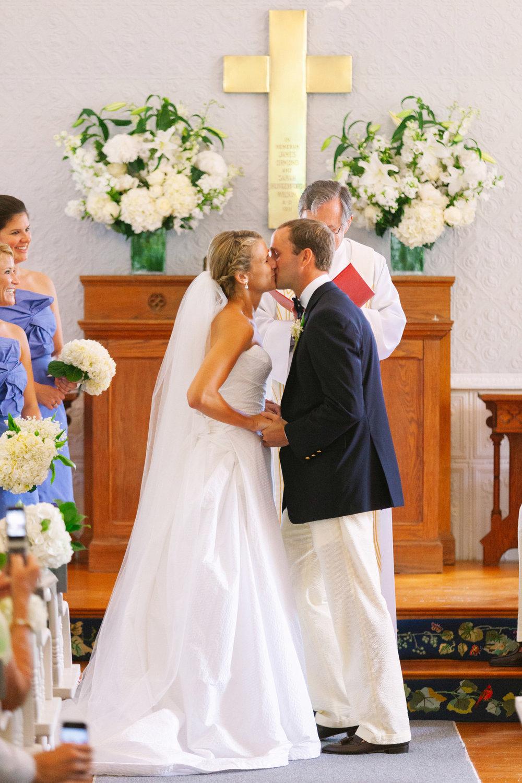 nantucket_siasconset_union_chapel_wedding_photos_23.jpg