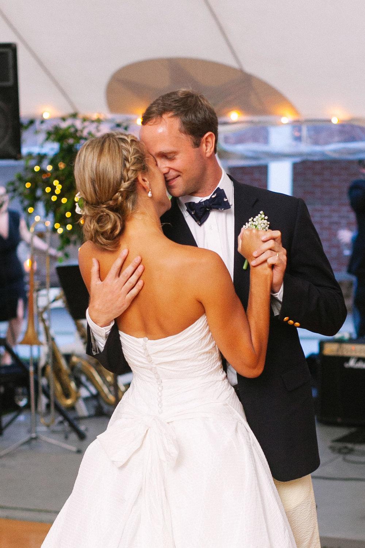 nantucket_siasconset_union_chapel_wedding_photos_52.jpg