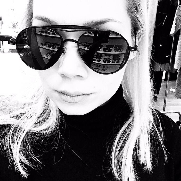 Givenghy-pilot-designer-sunglasses-crista-repo.jpg