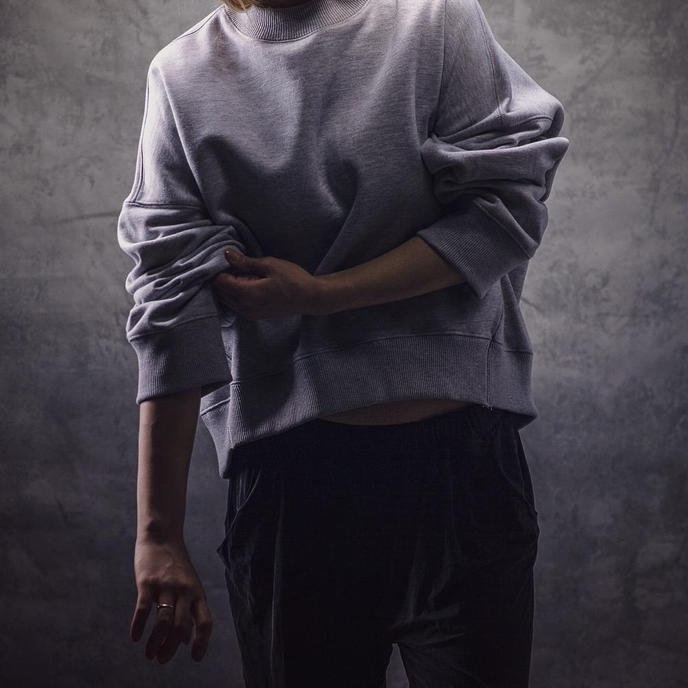 slouchy-sweatshirt-crista-repo.jpg