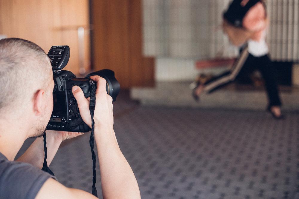 Elle_Magazine_Behind_the_scenes_Crista_Repo24.jpg