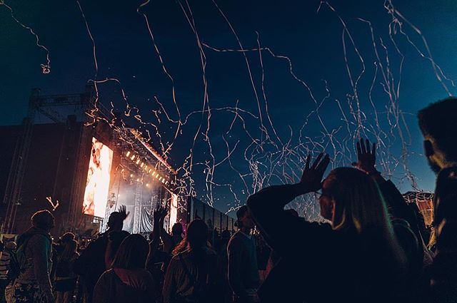 Life is a funpark 🍾 . . . #photography#ruisrock#canon#valokuvaus#festival#summer#festarit#kesä#life
