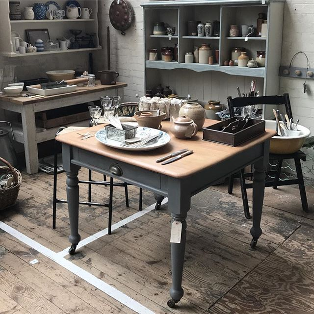 Open again tomorrow 10.30am to 4pm, SP9 7UN. #kitchenalia #paintedfurniture #chippypaint #upcycle #loftliving #countrylife #rustic #oldwood #emporium #shopsmall #vintagefinds #brocante #vintagelife #interiorstyling #fleamarketfinds #cutlery #crockery #artisan #treasurehunting #hampshirevintage #beulahsattic