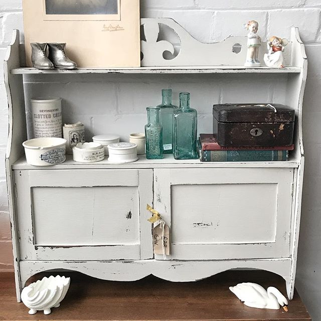 We've had an outbreak of cuteness at the Attic this week! #miniature #persuepretty #blue #oldglass #chippypaint #upcycle #handpainted #atticstock #emporium #fleamarketfinds #shopsmall #brocante #vintagelife #vintagefinds #treasurehunting #thatsdarling #shelfie #weekendtreat #hampshirevintage #beulahsattic