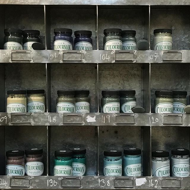 Did you know we carry a good stock of the Colourman paint colours at the Attic. Perfect for weekend upcycle projects or  professional furniture painters alike. New colours in this time. Larger tester pots enough for little projects. #colourmanpaint #rainbow #chalkpaint #buttermilkpaint #newcolour #interiorstyling #upcycle #handpainted #weekendproject #diy #properlypainted #vintagelife #rustic #daysgoneby #myworld #colourpop #pantenecolouroftheyear #ontrend #fromwhereistand #shelfie #nothingisordinary #seekthesimplicity #emporium #fleamarketfinds #hampshirevintage #beulahsattic
