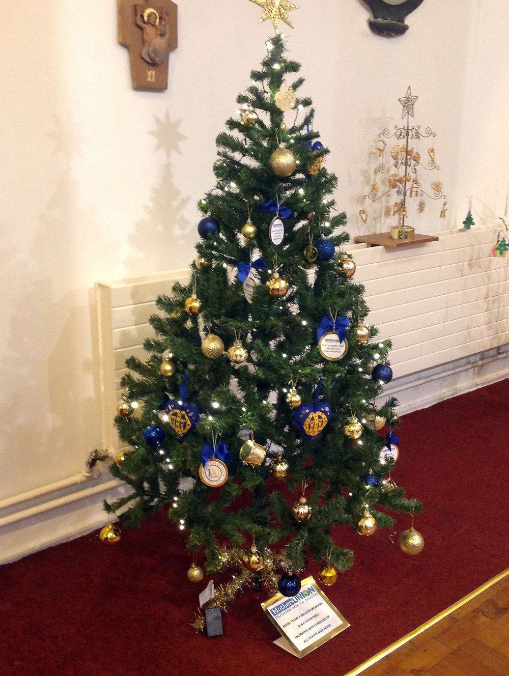 St David's MU Christmas tree