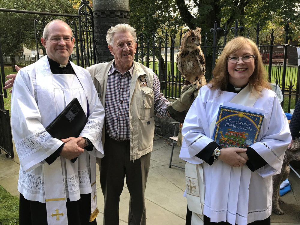 Fr Mark and Charlotte with Alan from Owls 4 U