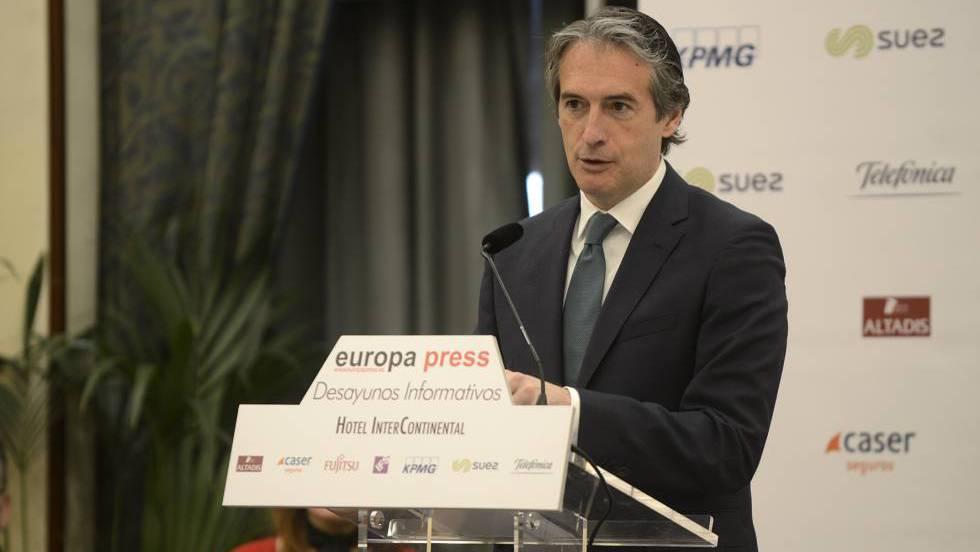 Íñigo de la Serna, ministro de Fomento, este martes en Madrid.EP / EFE