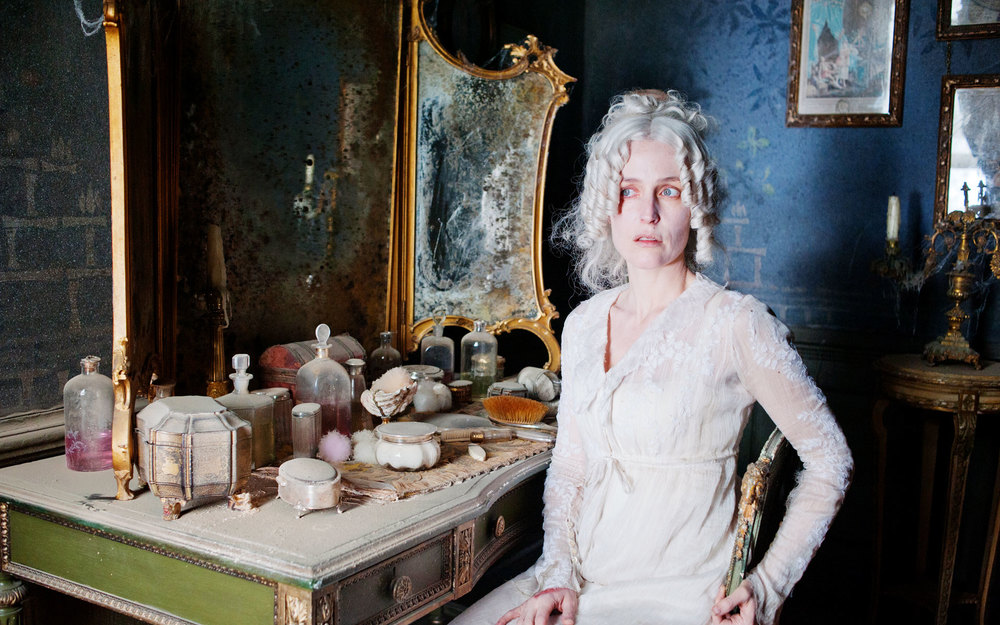 Great Expectations - Satis House interior - Gillian Anderson -David Roger - Production design .jpg