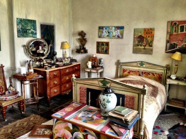 Life In Squares- Interior - bedroom.JPG