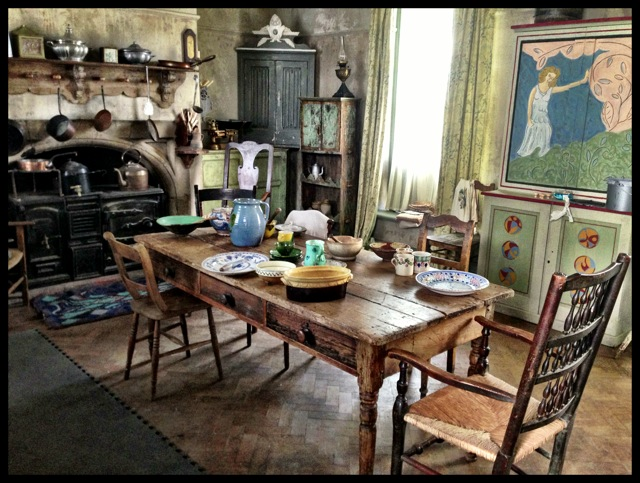 Life In Squares- Interior - kitchen.JPG