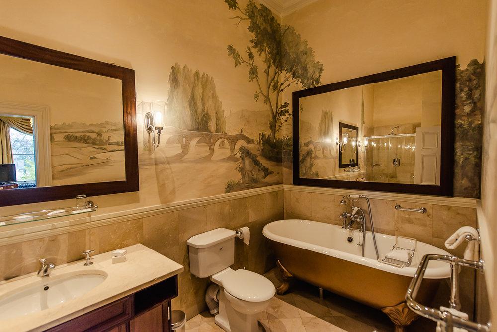 Tulfarris Hotel - Manor House - Bathroom