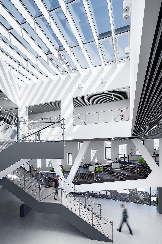 auditorium building osnabr ck cross architecture