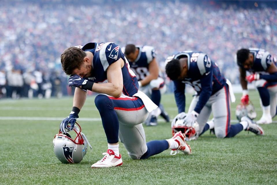 players praying.jpg