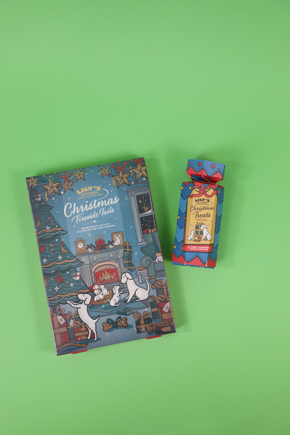 *Goodie bag contents will vary from bag to bag. Advent calendars are only available until the end of November. Goodie bags include a gift for your dog and for you.