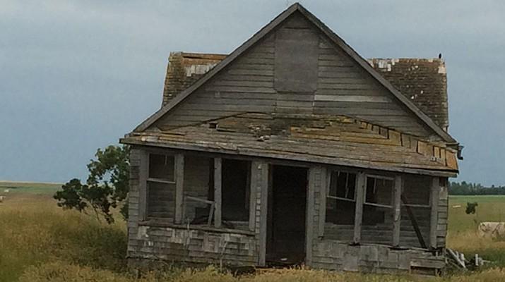 abandoned-house-715x400.jpg
