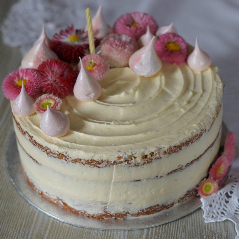 Daisy's lemon cake