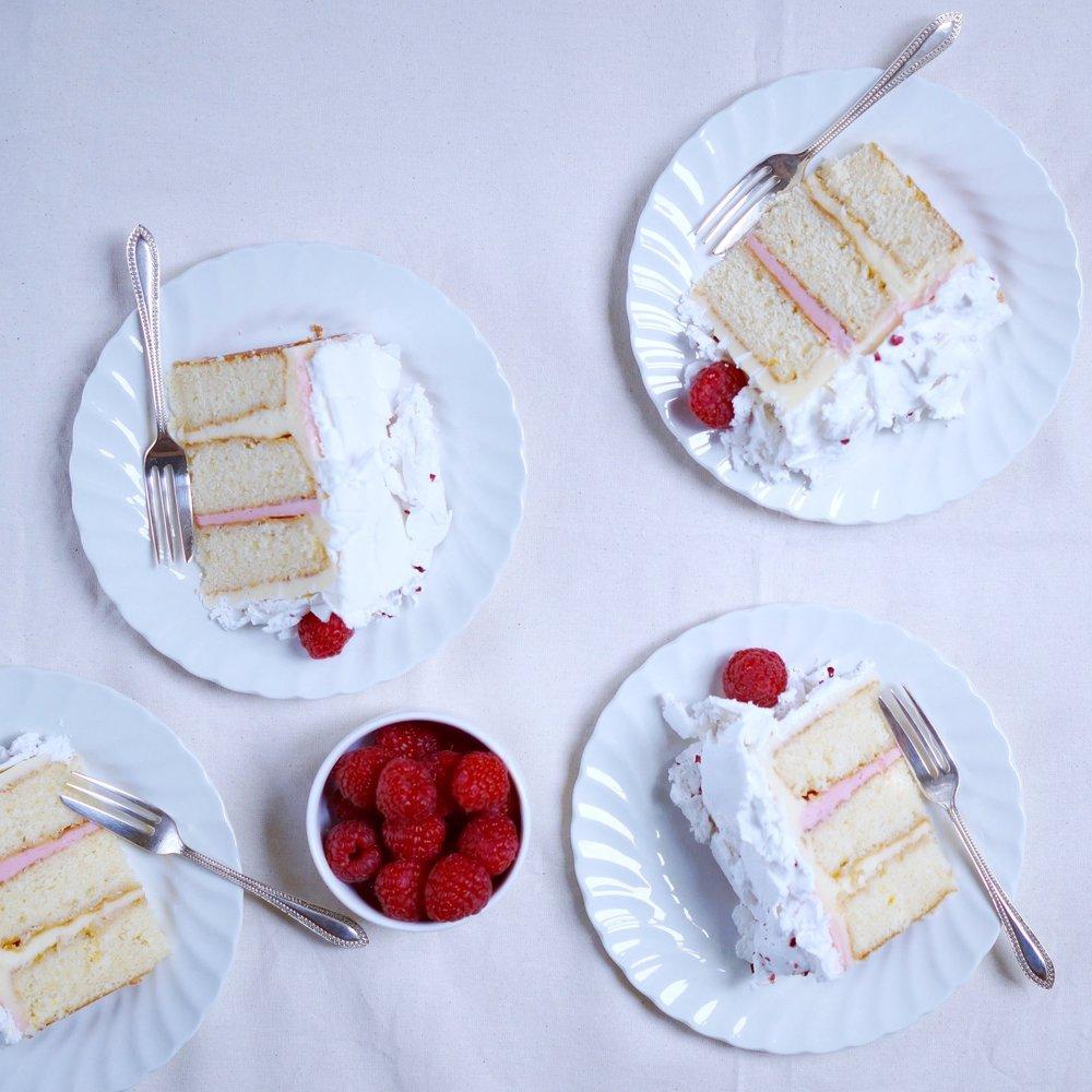 pavlova cake slices