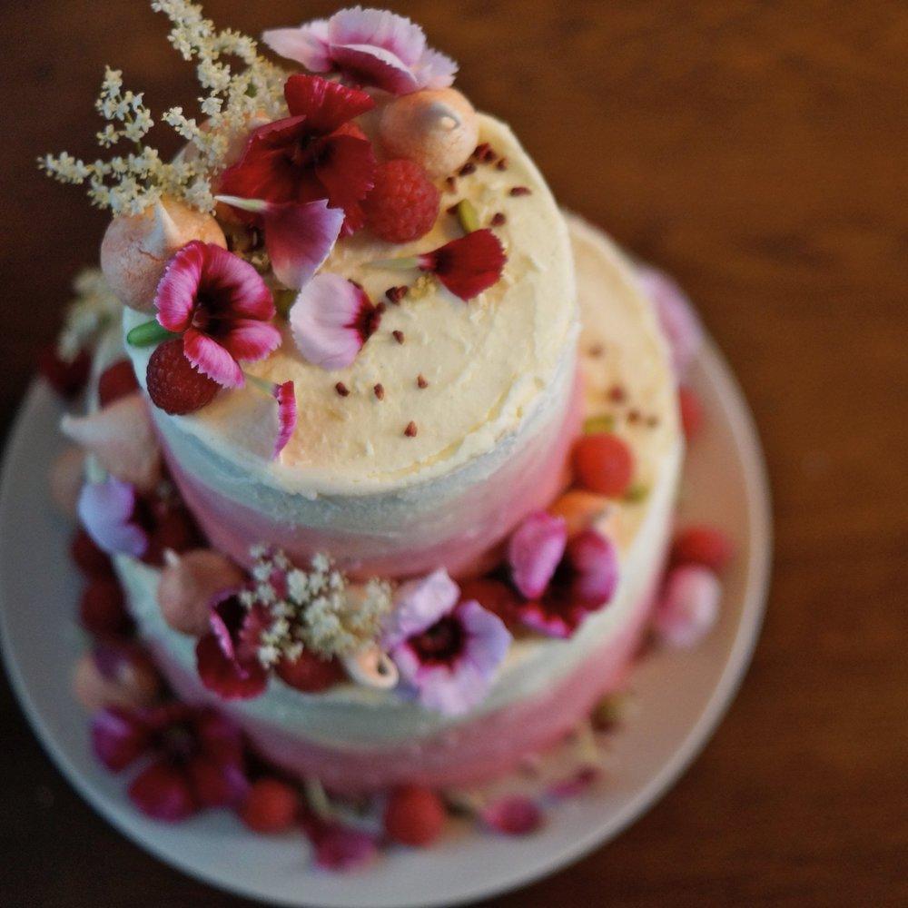 summer blooms cake