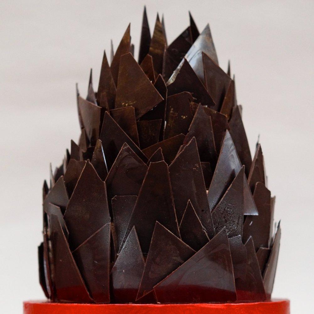Chocolate shard cake