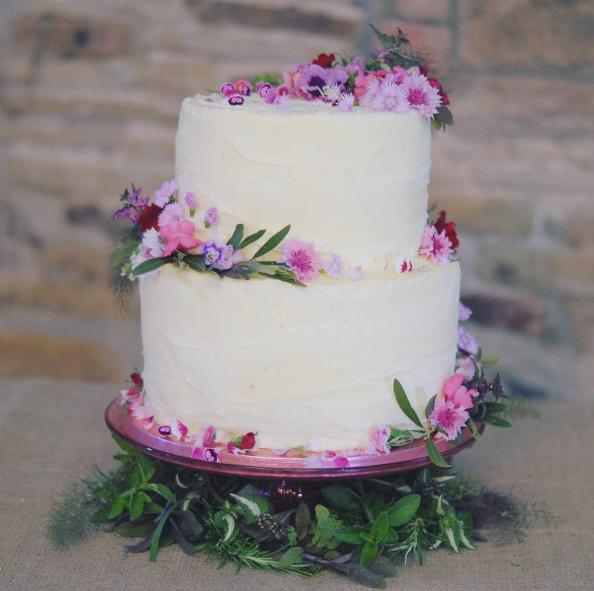 Kate & Ryan's spring bloom cake