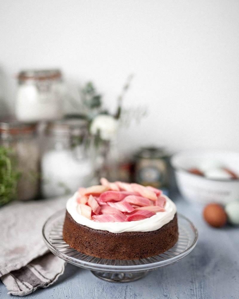 Ginger & rhubarb cake.jpg