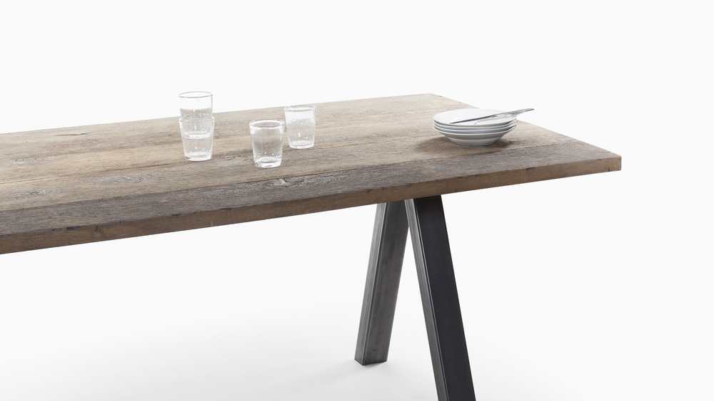 TABLE TOP_SLIDE_04.jpg