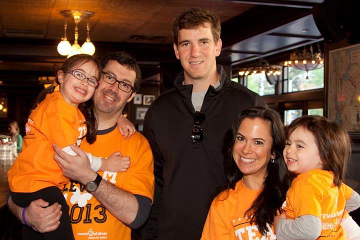 levine-family-with-eli-manning-at-the-march-for-babies-pre-walk-breakfast_13096676824_o.jpg