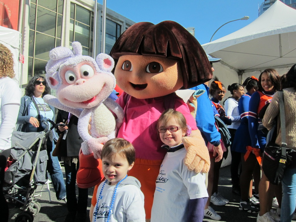 olivia--julian-levine-at-the-2012-march-for-babies-walk_8540260268_o.jpg
