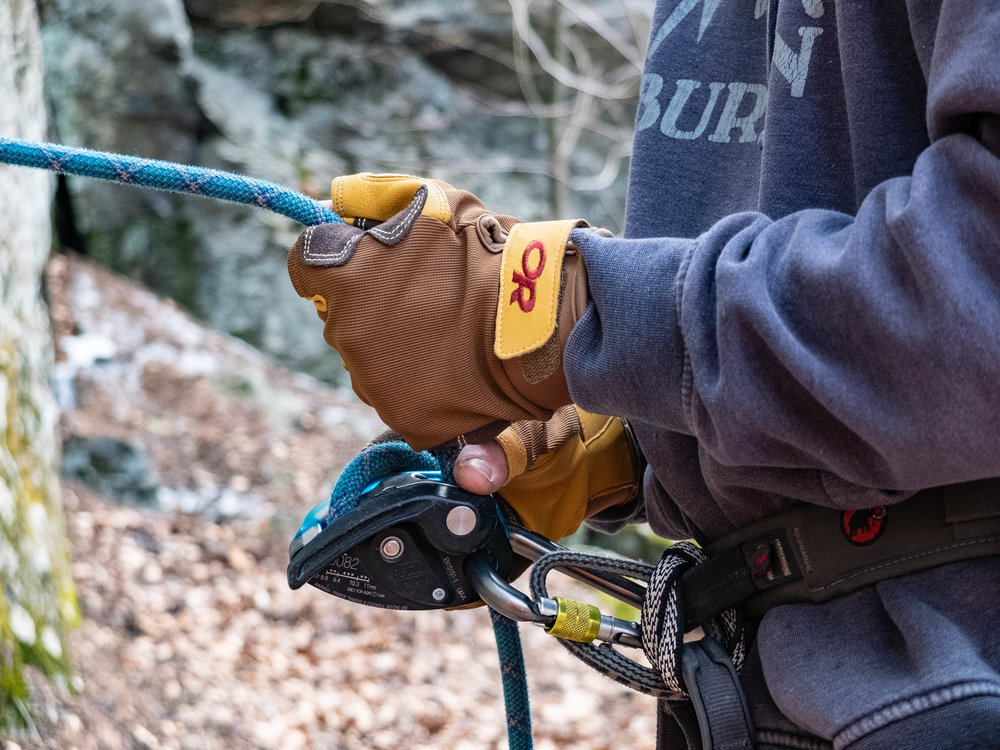 Belaying with the Fossil Rock Gloves