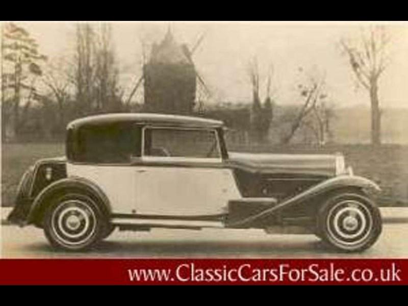 Bugatti Type 46 Review   CCFS UK